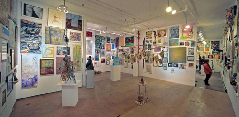 Installation view of Sideshow Naiton