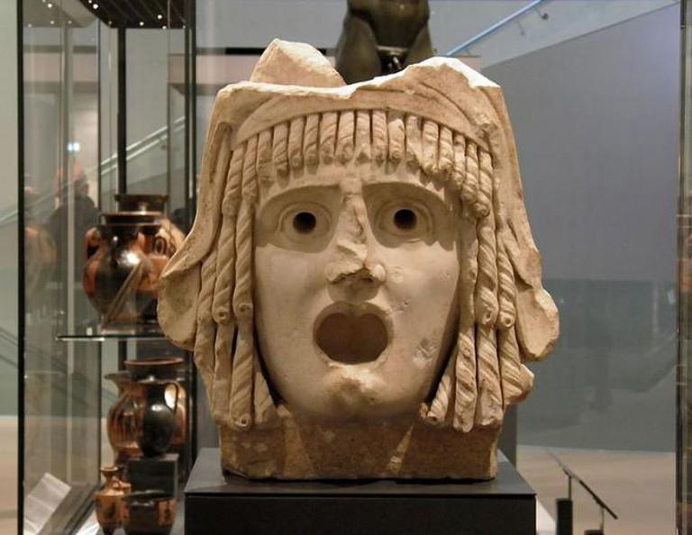 Tragic mask, 1st century BC to 1st century AD, Ashmolean Museum   © Magnus Manske/Wikicommons