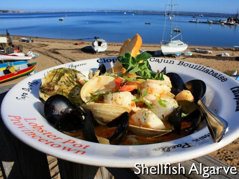 Shellfish Algarve, Lobster Pot | courtesy of Lobster Pot