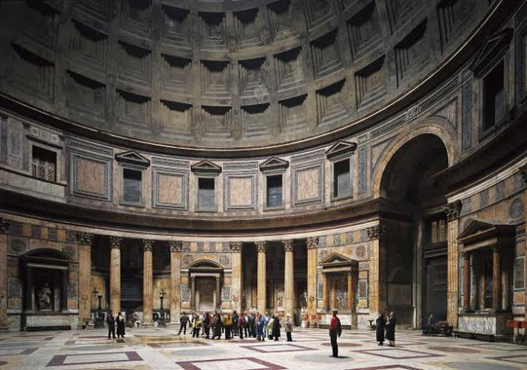 Pantheon, Rome, 1990, © Thomas Struth | courtesy of The Metropolitan Museum of Modern Art