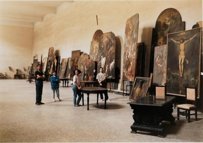 The Restorers at San Lorenzo Maggiore, Naples | © Thomas Struth, courtesy of The Metropolitan Museum of Modern Art