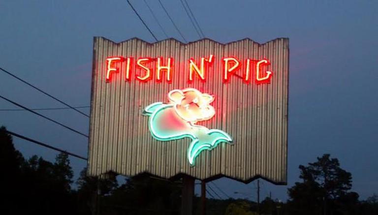 The Fish N' Pig | © daystreamin'/Flickr