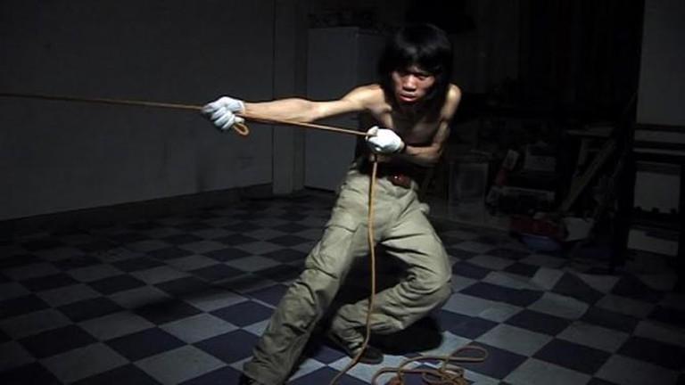 Chen Xiaoyun, Drag, 2006, 4:11 min © Chen Xiaoyun | Courtesy the artist