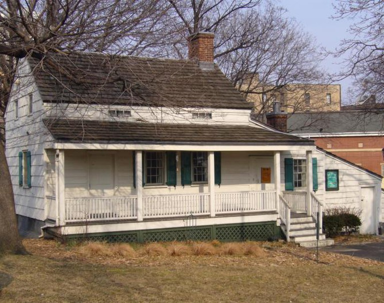 Edgar Allan Poe Cottage | © Zoirusha/WikiCommons