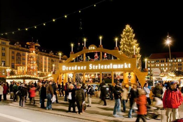 Dresden's Striezelmarkt / WikiCommons © LH DD Wifö