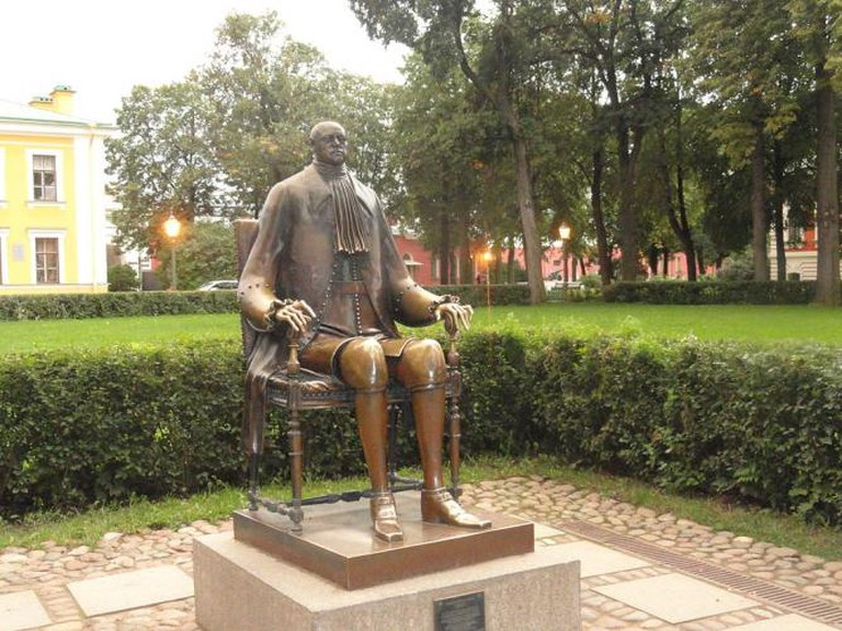 Monument to Peter I, Mihail Chemiakin