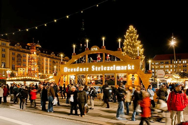 The Dresden Striezelmarkt   © LH DD Wifö/WikiCommons