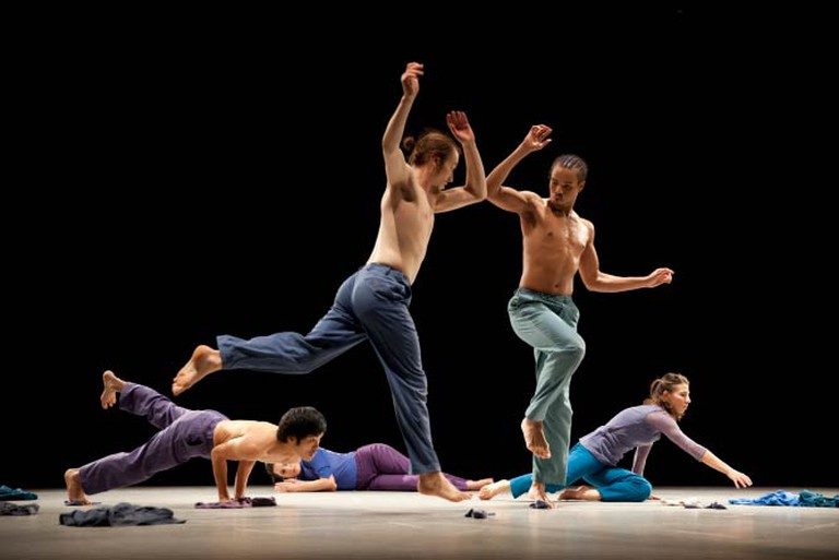 Hagit Yakira Dance (In The Middle With You) Photo by Rachel Cherry