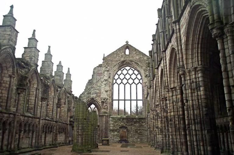 Holyrood Abbey | WikiCommons/Kaihsu