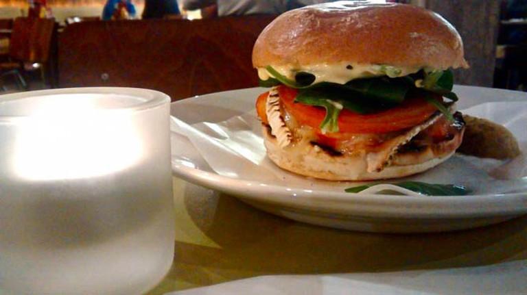 Byron's Portobello mushroom veggie burger | © Alyssa Erspamer