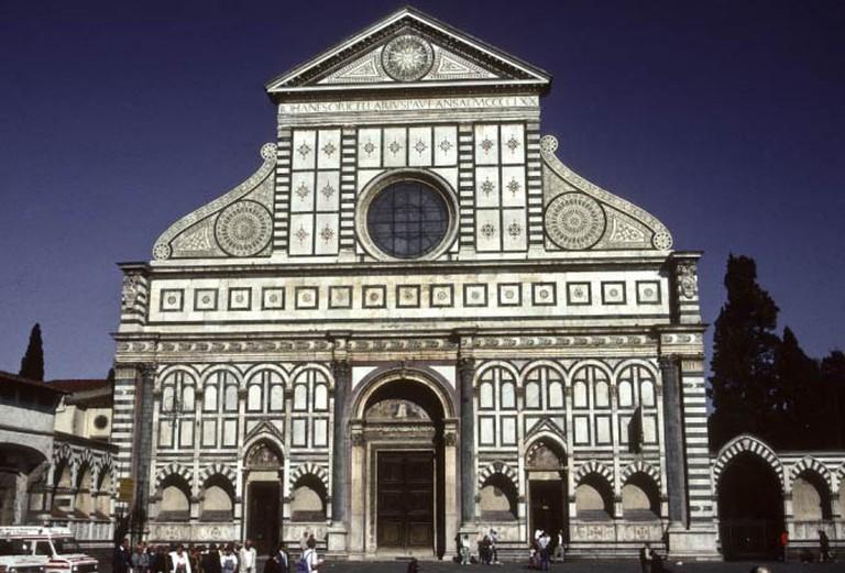 http://upload.wikimedia.org/wikipedia/commons/9/9c/Florence_-_Basilica_of_Santa_Maria_Novella_(4248399373).jpg
