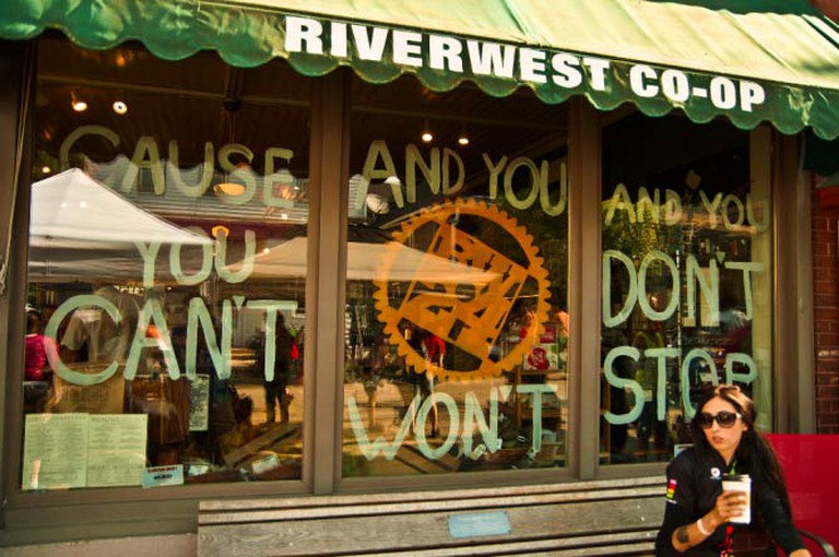 Riverwest Co-op Cafe (c) Light Brigading/Flickrcommons
