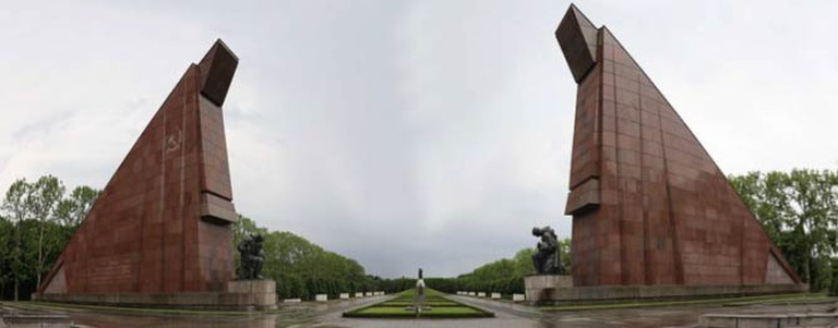 Red Granite welcomes you to Treptower Park