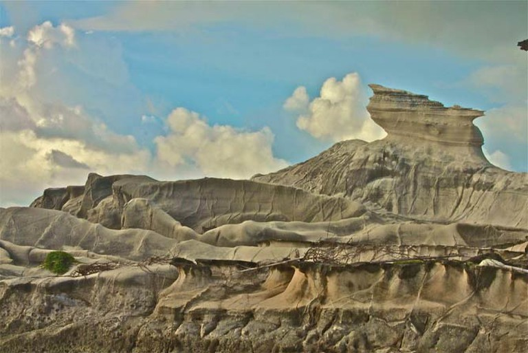 Kapurpurawan Rock Formations by Perry A. Dominguez | Wikimedia Commons