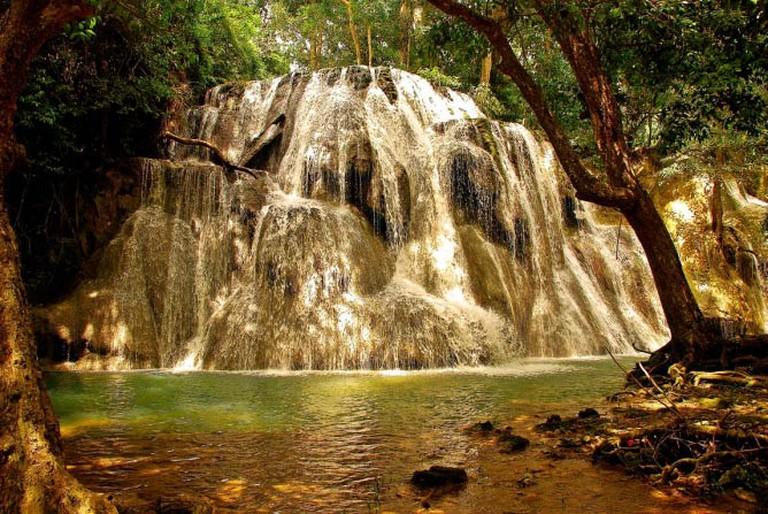 Kaangrian Falls by Nick Ratuita | Flickr