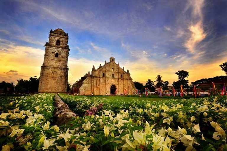 Paoay Church, Ilocos Norte by Allan Jay Quesada | Wikimedia Commons