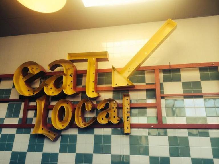 Eat Local | © Lauren Ellman