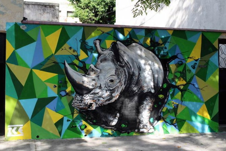 Hyper-realistic rhino in Coghlan painted by Ice | © Buenos Aires Street Art