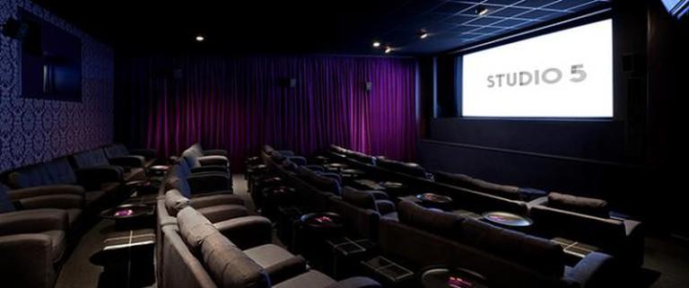 Genesis Cinema Studio 5
