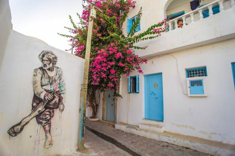 Mural in the Djerbahood Project by artist Dabro I Photo © Aline Deschamps - Galerie Itinerrance