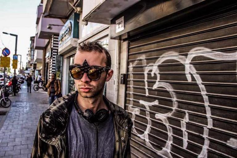 Rockin' sunglasses complete an urban look © Asaf Liberfrund