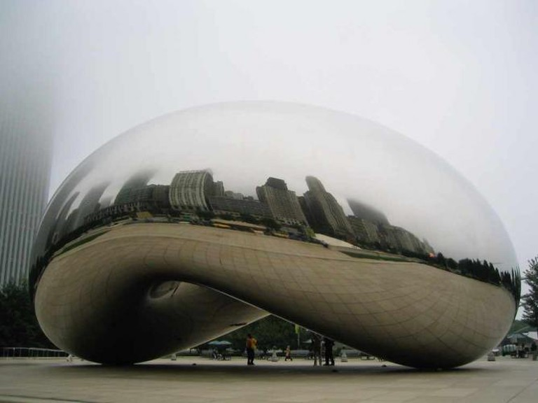 'Cloud Gate' (2006) by Anish Kapoor | © beautifulcataya/Flickr