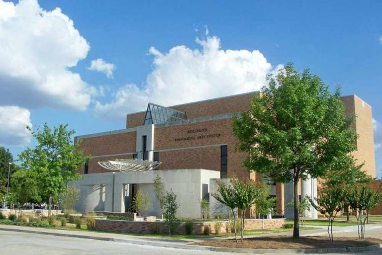 Bologna Performing Arts Center, Cleveland, Mississippi