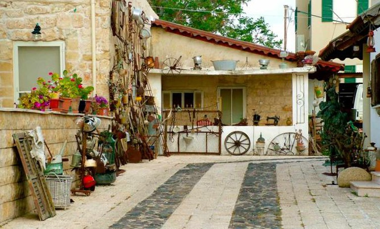 A Restored Home on the Midrachov © Eden Dotan