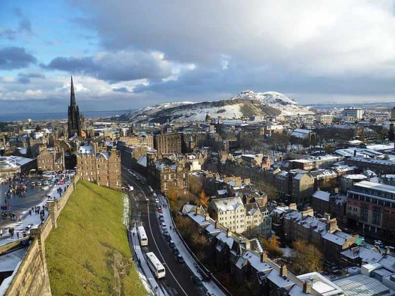 View from Palace Block, Edinburgh Castle: Photo courtesy of Kim Traynor, Wiki Commons