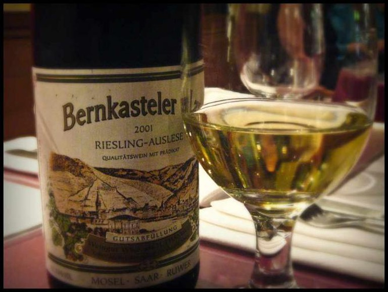 A Creative Commons image: Bottle of Riesling from Mosel ©karen/flickr