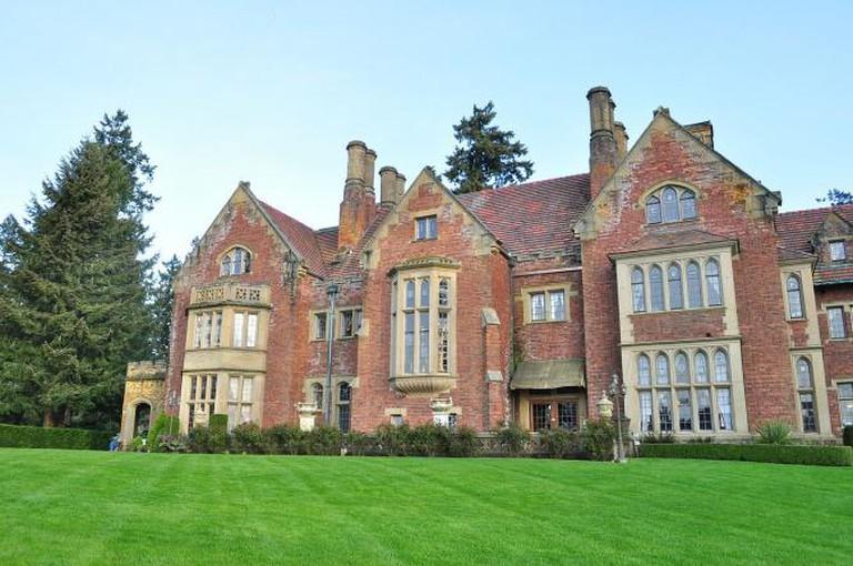 Thornewood Castle | © Joe Mabel/WikiCommons