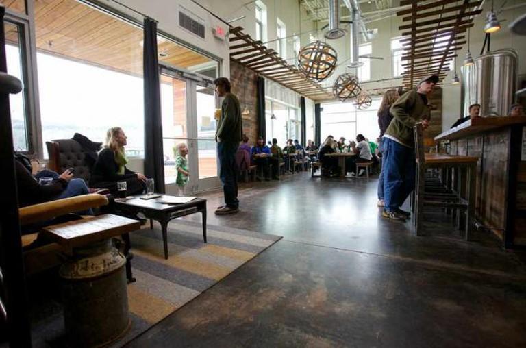pFriem's tasting room | © Erin Tegeler/Courtesy of pFriem Family Brewers