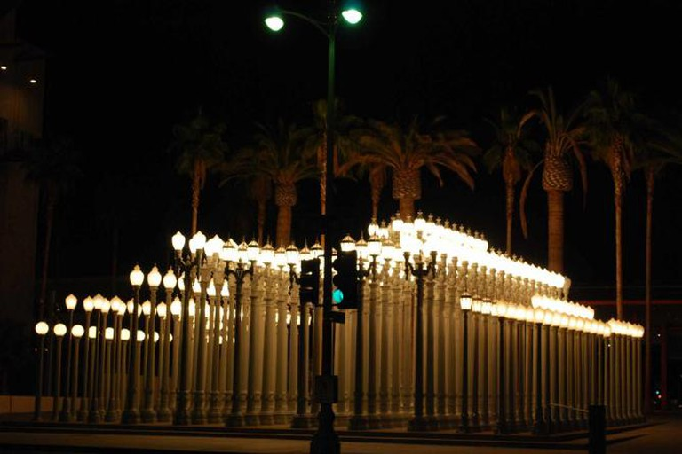 Urban Light by Chris Burden | Megan Westerby @Flikr