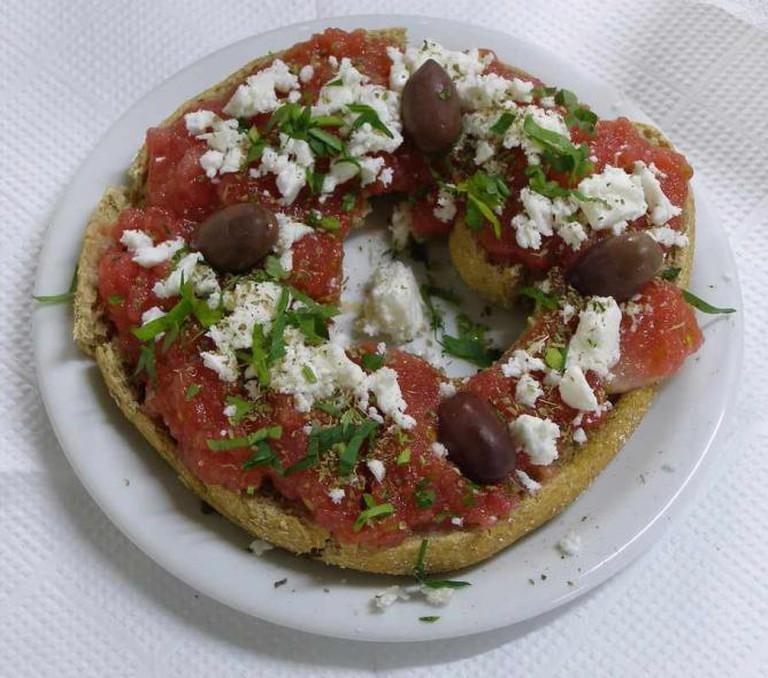 Cretan Dakos Dish | © Frente/Wikicommons