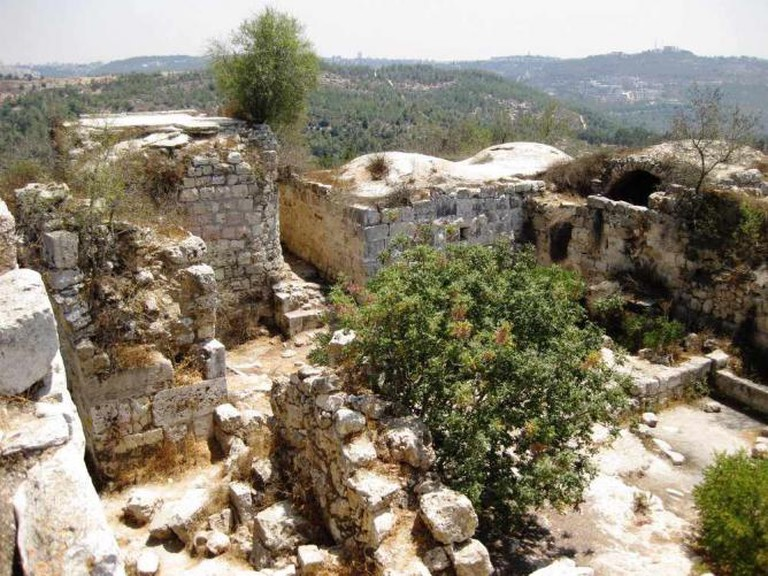 Belmont Castle: the excavation of a Crusader stronghold