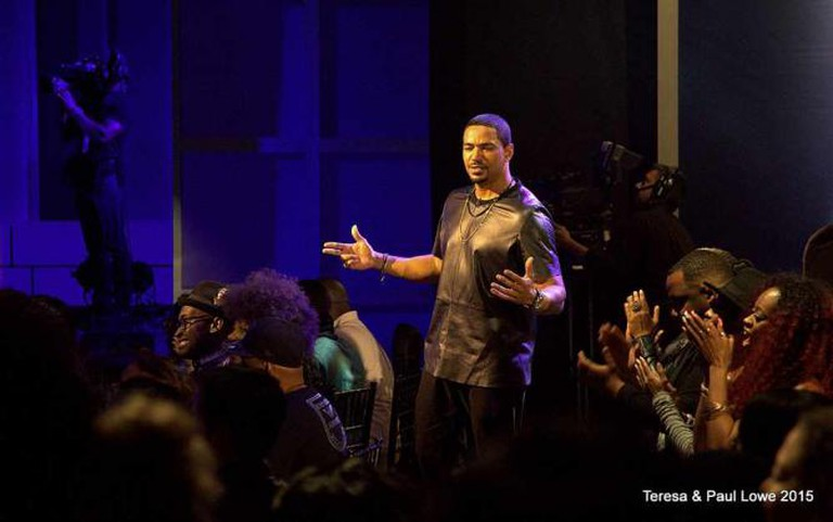 Laz Alonso is the Host of TV One's Verses and Flow
