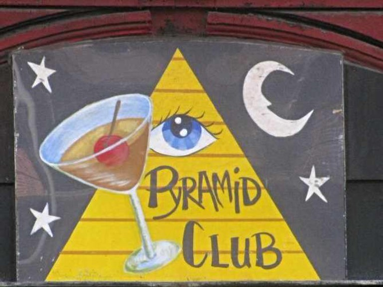 The Pyramid Club | © Flickr