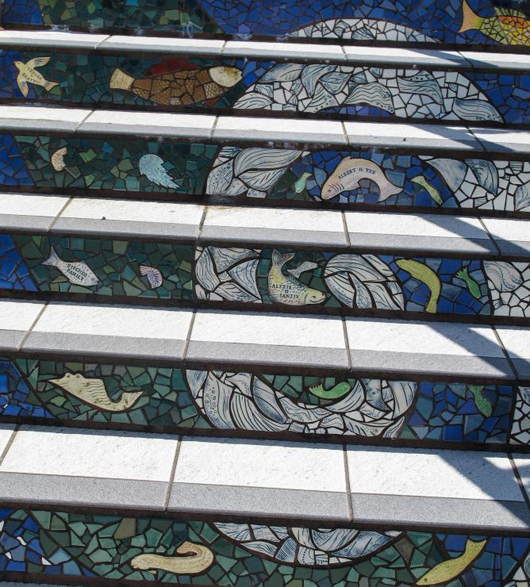 The 16th Avenue Tiled Steps Project I flickr.com