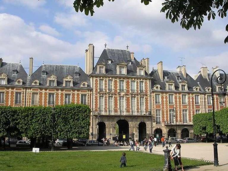 Place des Vosges, Paris | © Gryffindor/WikiCommons