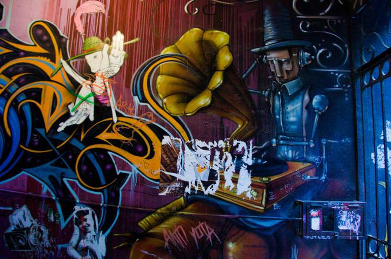 Valparaíso street art © Mitch Altman/Flickr