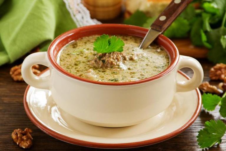 Georgian dish of kharcho soup of beef with walnuts & rice | © Lesya Dolyk/Flickr