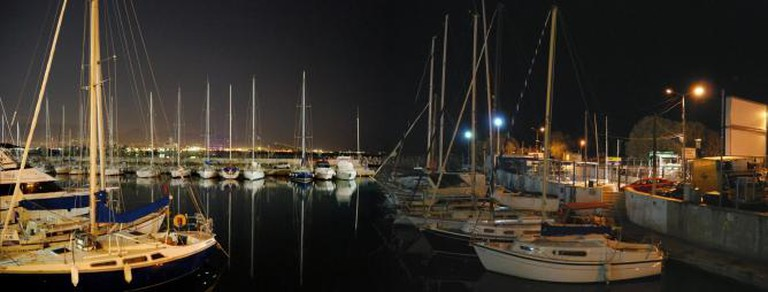Mikrolimano by night | © SpirosK photography/Flickr