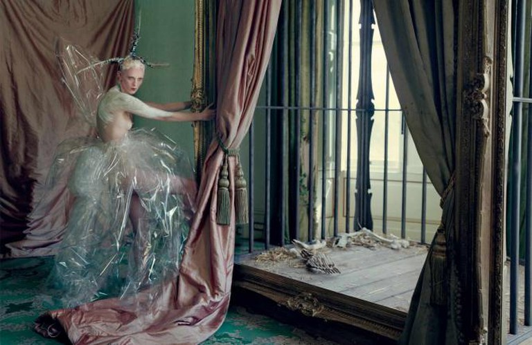 A Tim Walker Photograph |© Elliot James/ Flickr