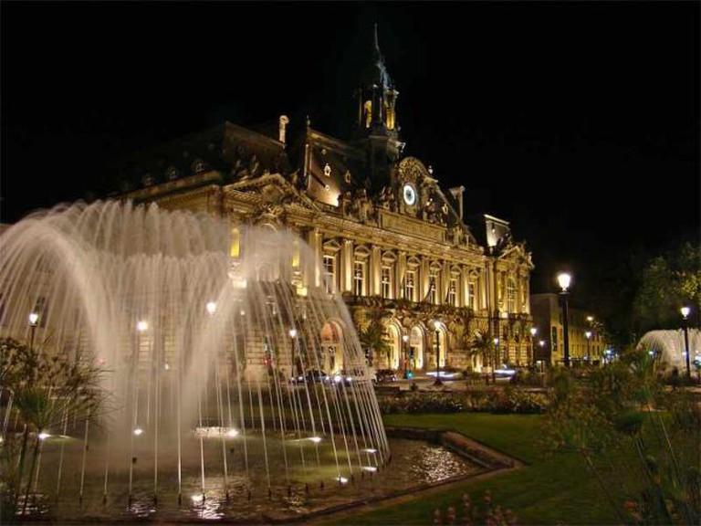 Tours, Indre et Loire | © Tango7174/WikiCommons