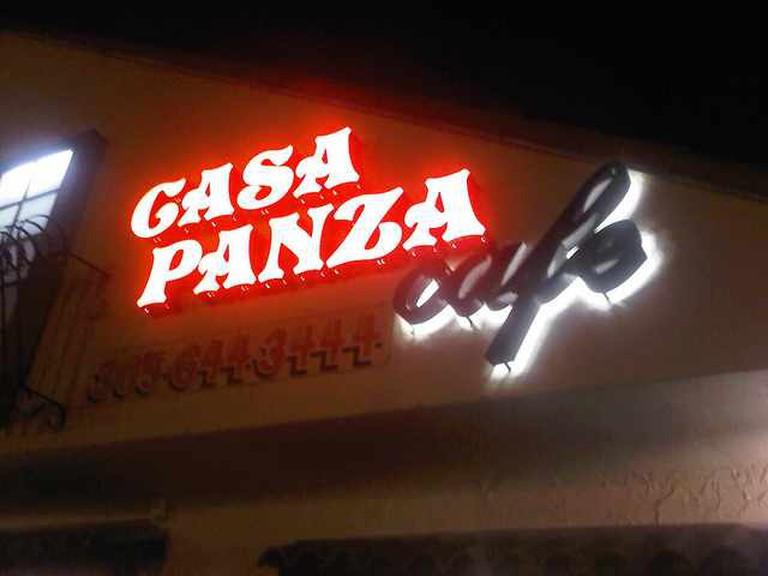 Casa Panza Cafe | ©Adrian Salgado/Flickr