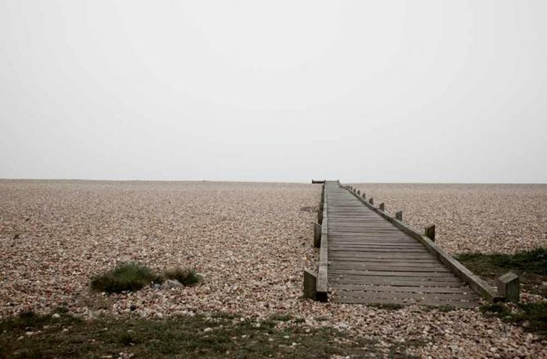 Miles of shingle at Dungeness |© L J Hopkinson/ Flickr