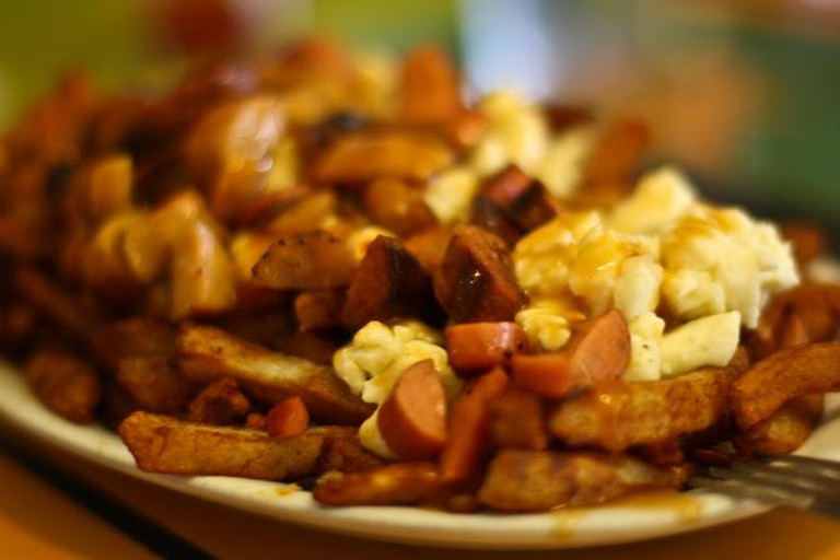 Poutine at La Banquise | © Yuri Long/Flickr