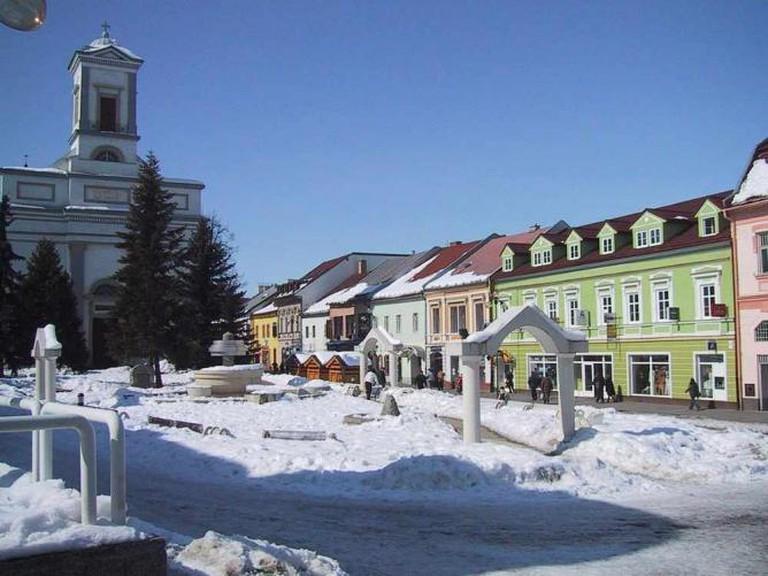 Snowy Poprad | © Yellowfire/WikimediaCommons
