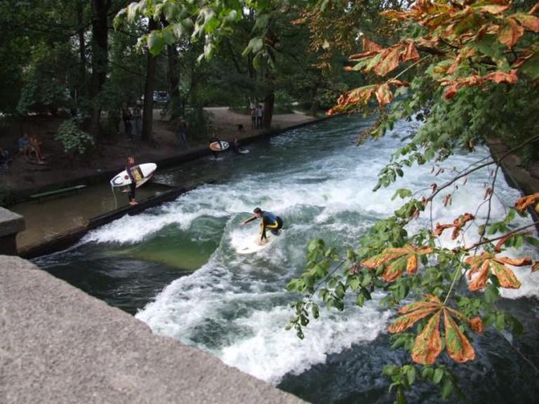 Surfing Munich way