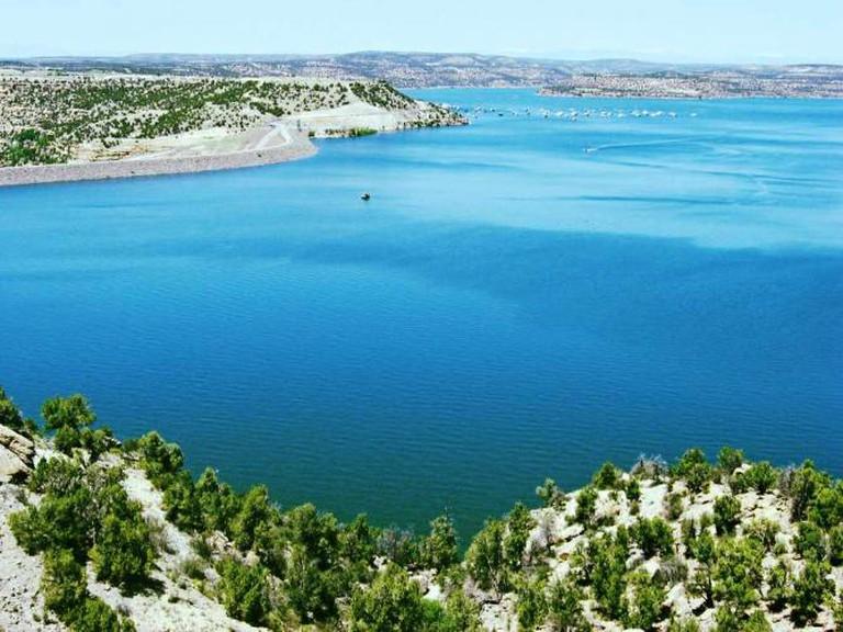 Navajo Lake I© Timthefinn/WikiCommons